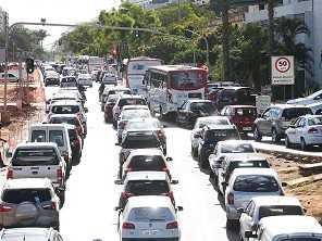 Estudo mostra queda no uso do carro por conta do novo coronavírus