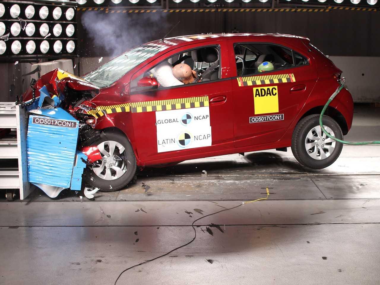 Onix em novo teste de impacto: resultado mais condizente com o carro mais vendido do Brasil