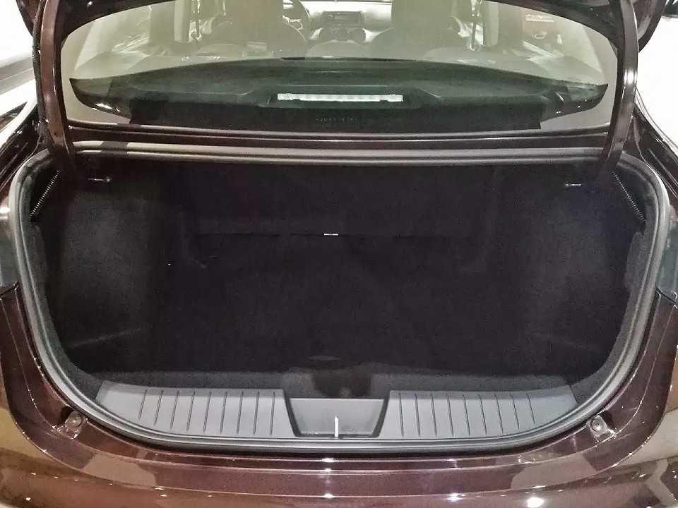 Porta-malas terá capacidade para 520 litros