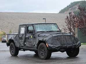 Jeep Scrambler, a nova picape da marca, pode estrear em novembro