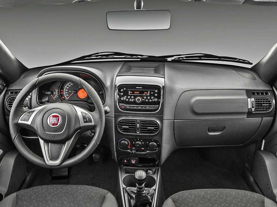 FiatStrada 2019 - painel