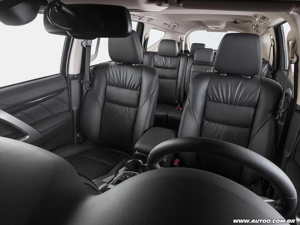 MitsubishiPajero Sport 2019 - outros