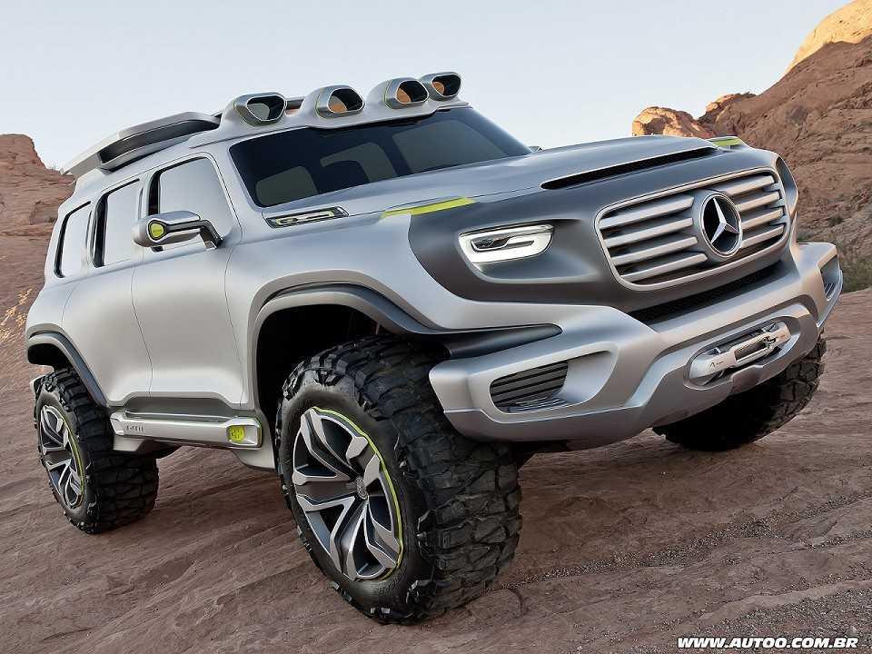 Acima o conceito Ener-G-Force, que antecipa o estilo do futuro Mercedes-Benz GLB