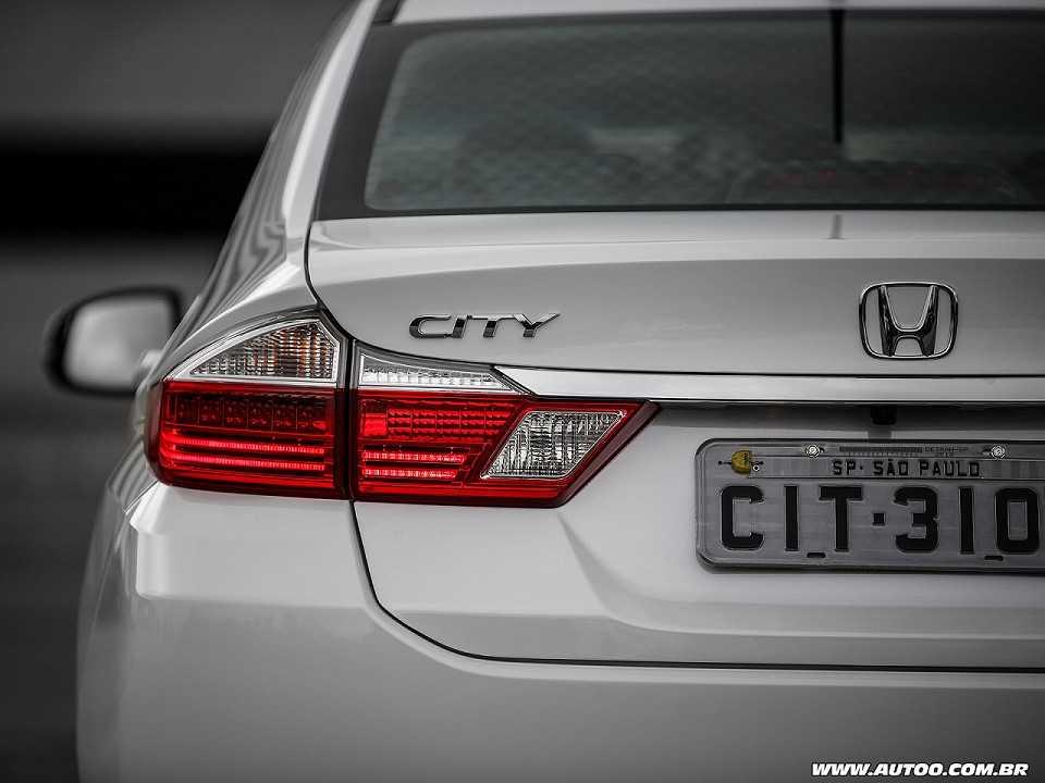 HondaCity 2018 - lanternas