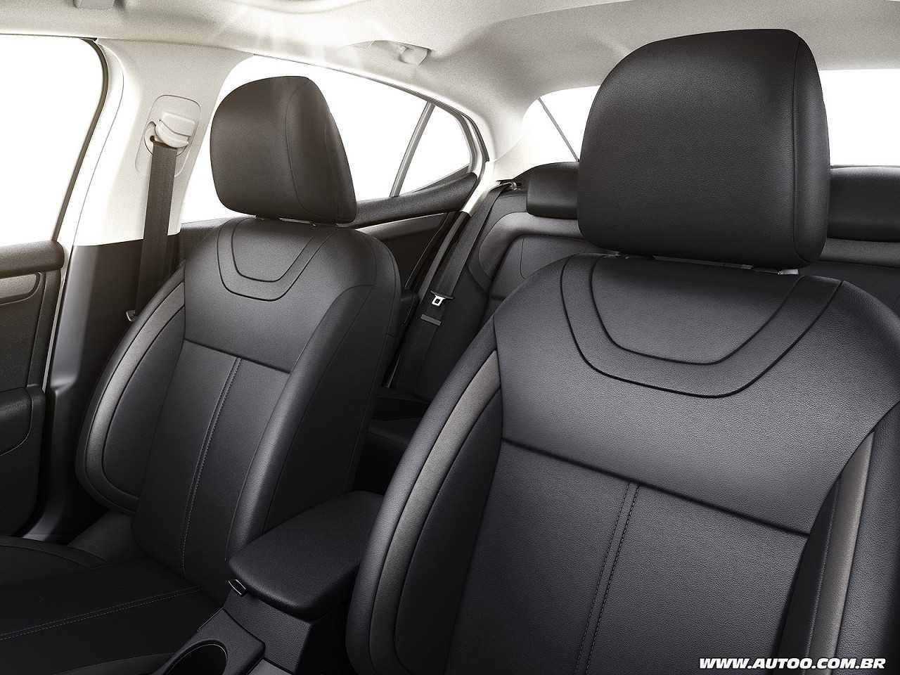 CitroënC4 Lounge 2019 - bancos dianteiros