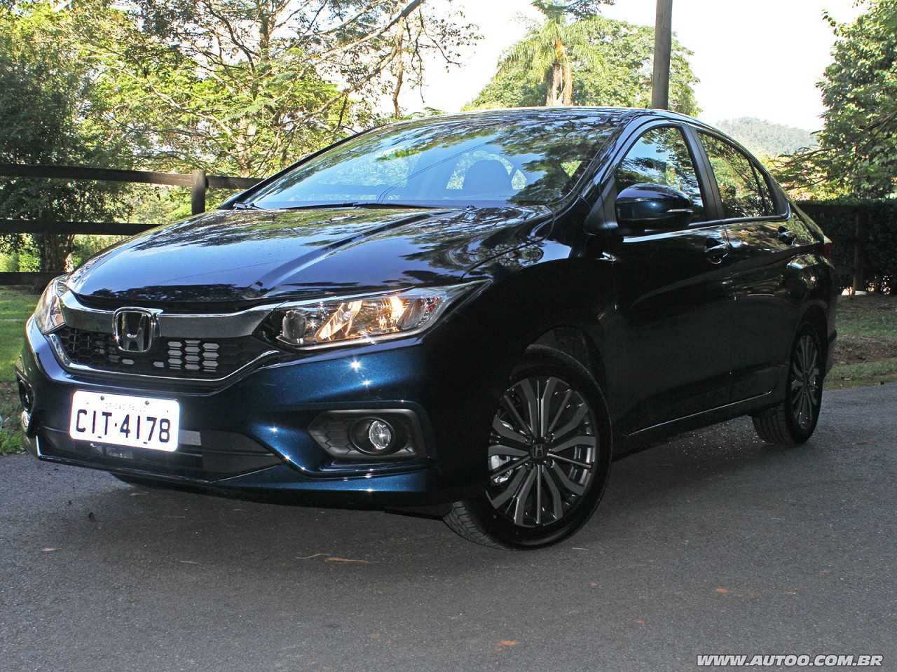 Honda City 2018 - ângulo frontal