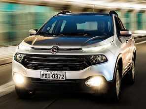 Fiat Toro e VW Virtus geram a dúvida: é necessário subir de segmento?