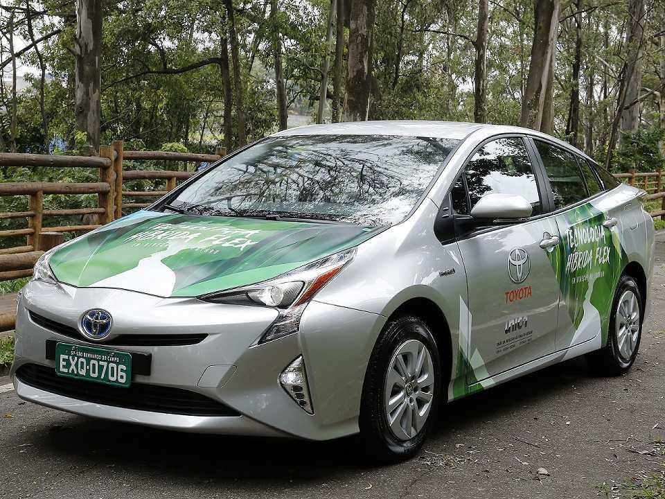 Protótipo do Prius flex desenvolvido pela Toyota com times de engenharia de Brasil e Japão