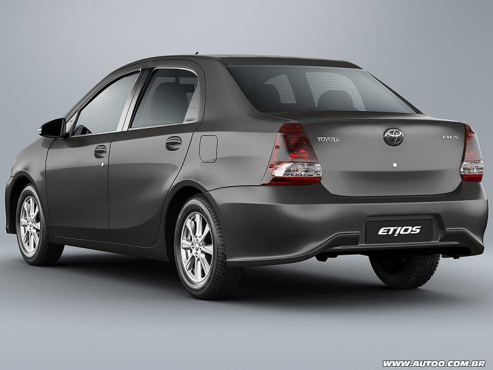 Toyota Etios Sedã 2019