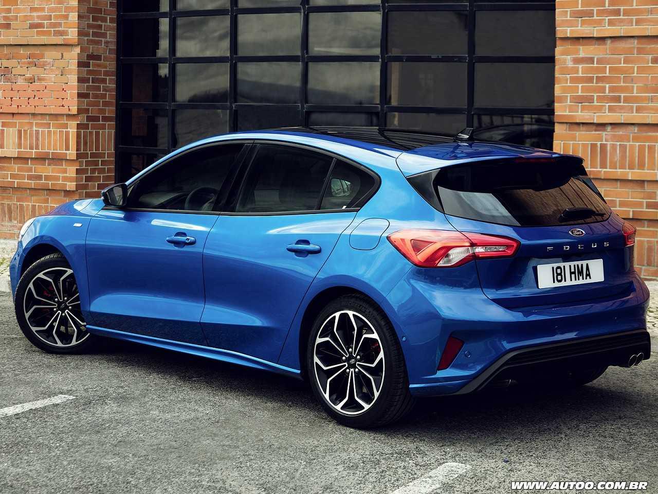 FordFocus 2019 - ângulo traseiro