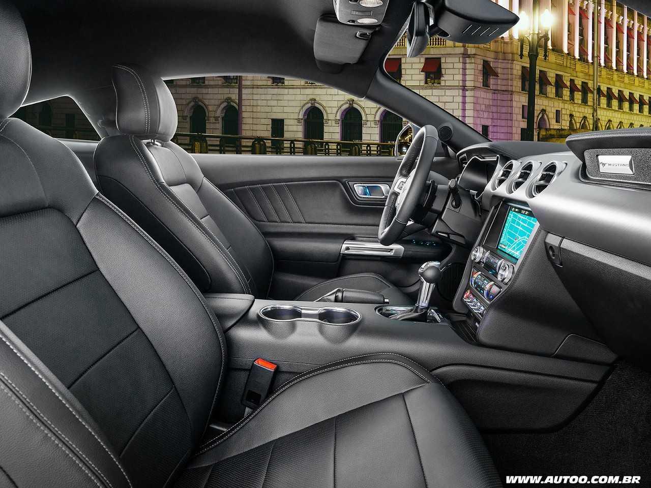 FordMustang 2018 - bancos dianteiros