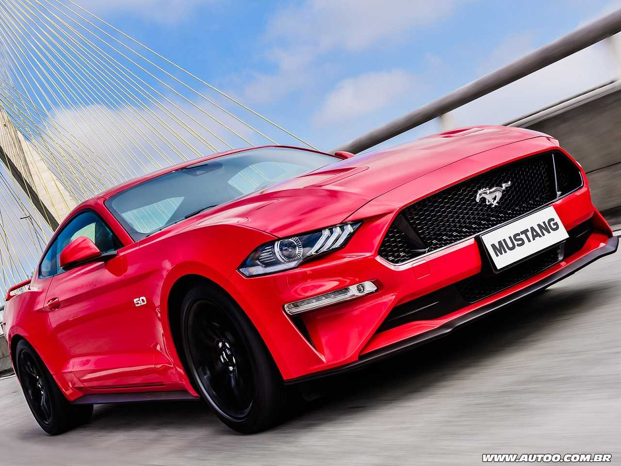 FordMustang 2018 - ângulo frontal