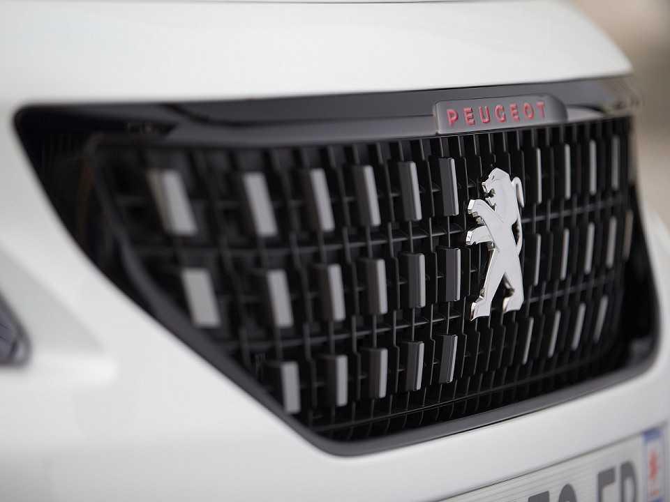Peugeot 2008 comercializado na Europa