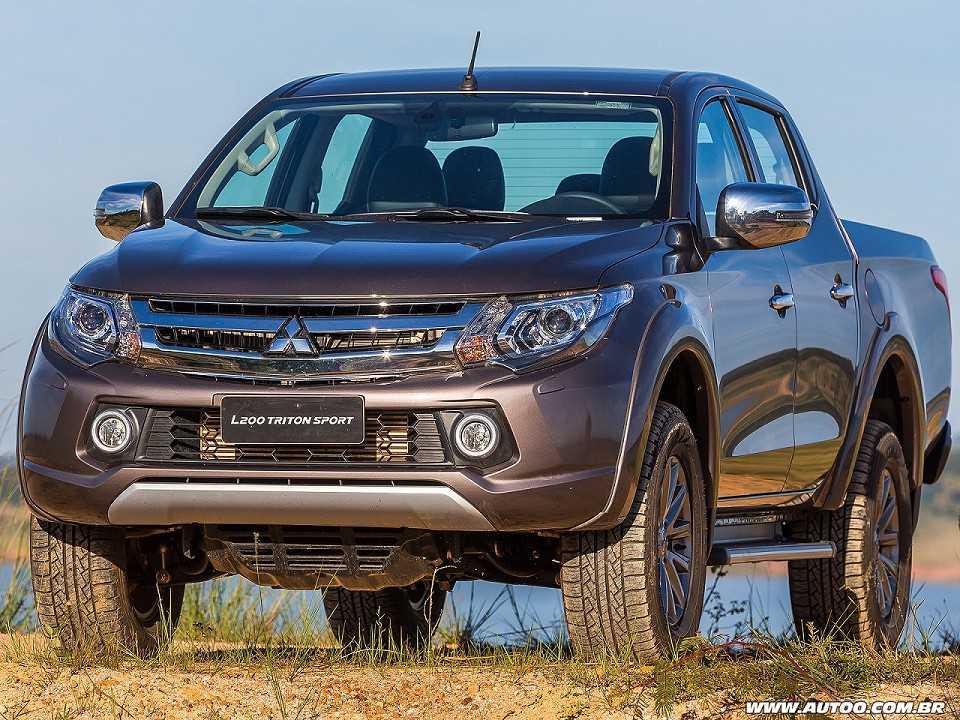 MitsubishiL200 Triton 2019 - ângulo frontal