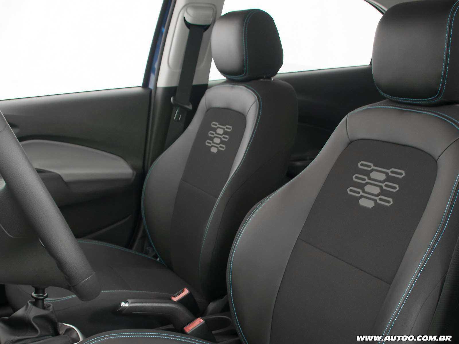 ChevroletOnix 2019 - bancos dianteiros