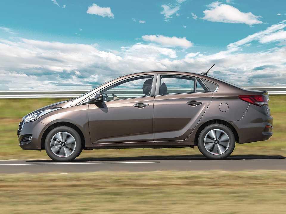 HyundaiHB20S 2019 - lateral