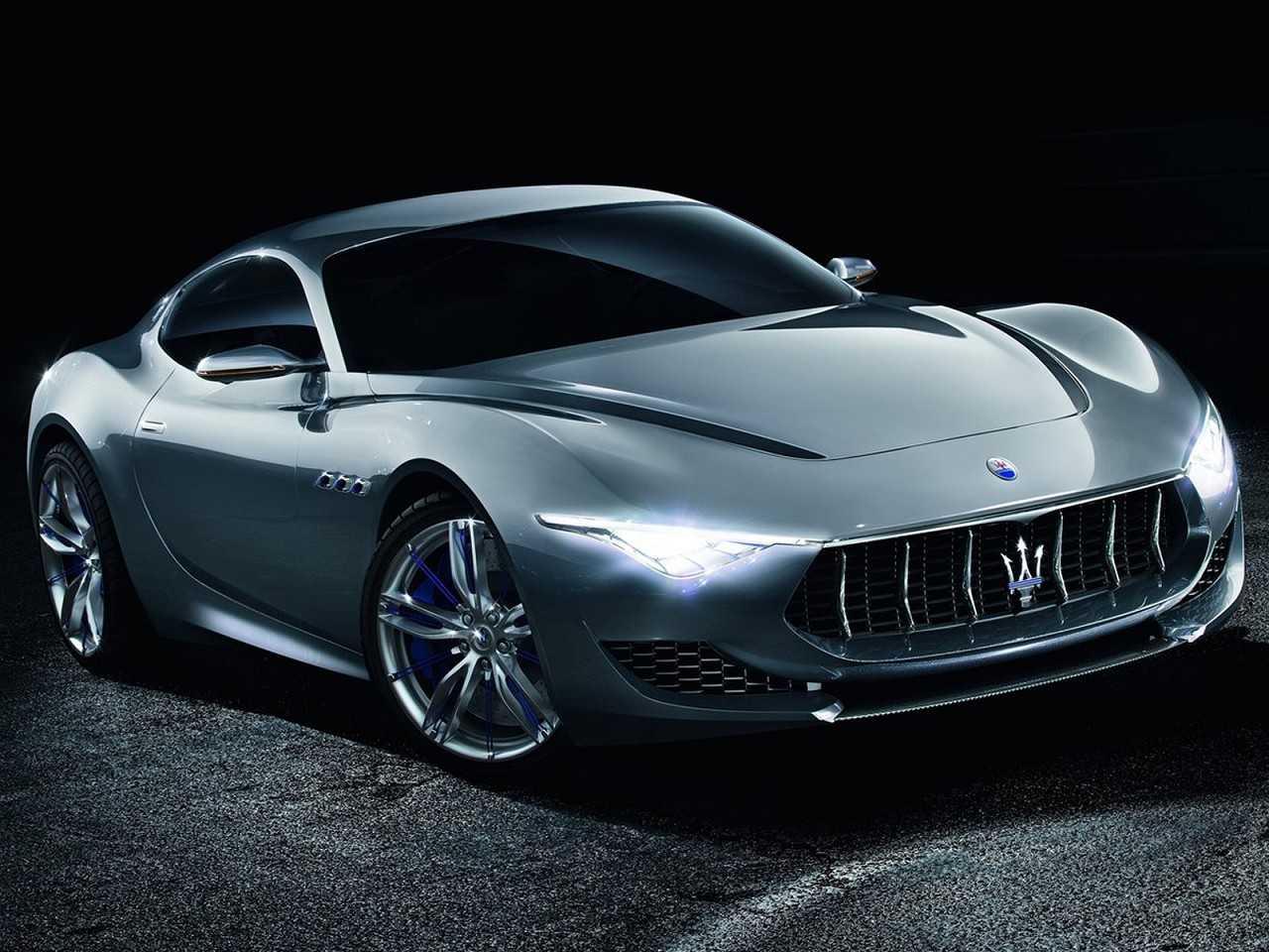 Acima o conceito Maserati Alfieri revelado em 2014