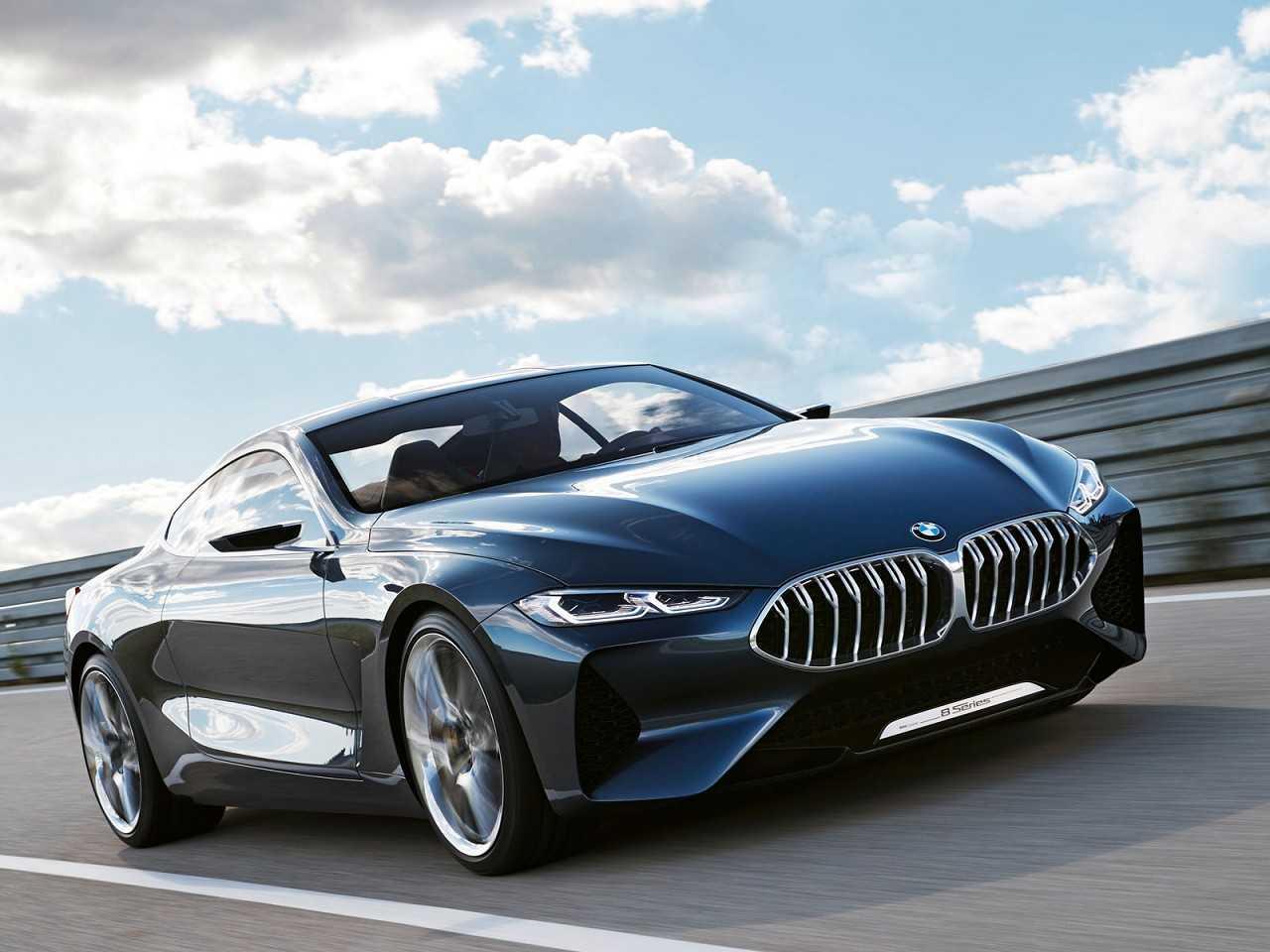 Acima a nova geração do BMW Série 8