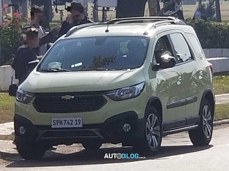 Nova Chevrolet Spin 2019 flagrada por leitor do site Argentina Autoblog