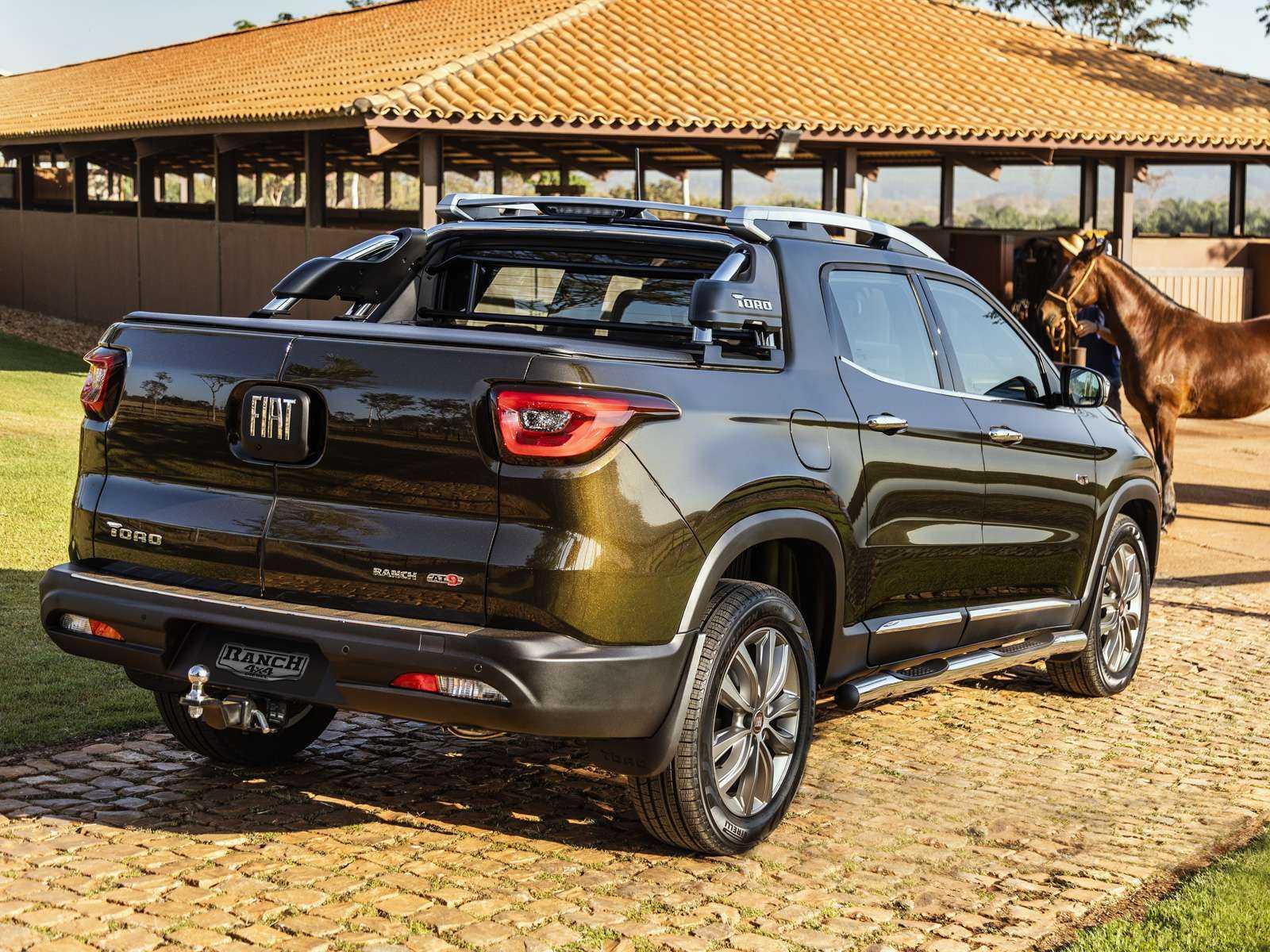 FiatToro 2019 - ângulo traseiro