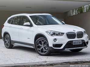 BMW X1 nacional recebe assistente de estacionamento de série