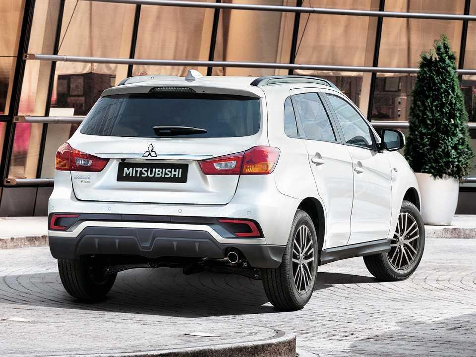 MitsubishiASX 2019 - ângulo traseiro