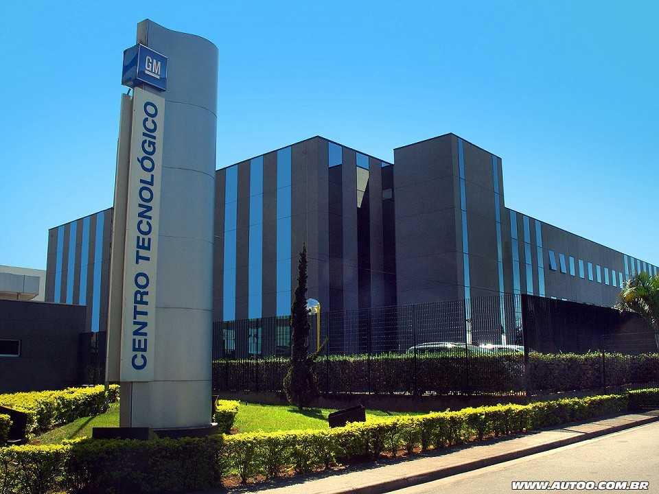 Fachada do Centro Tecnológico da GM em São Caetano do Sul, São Paulo