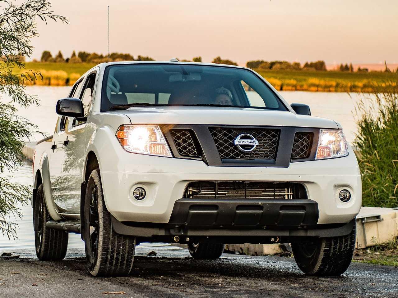 Acima a Nissan Frontier vendida nos EUA