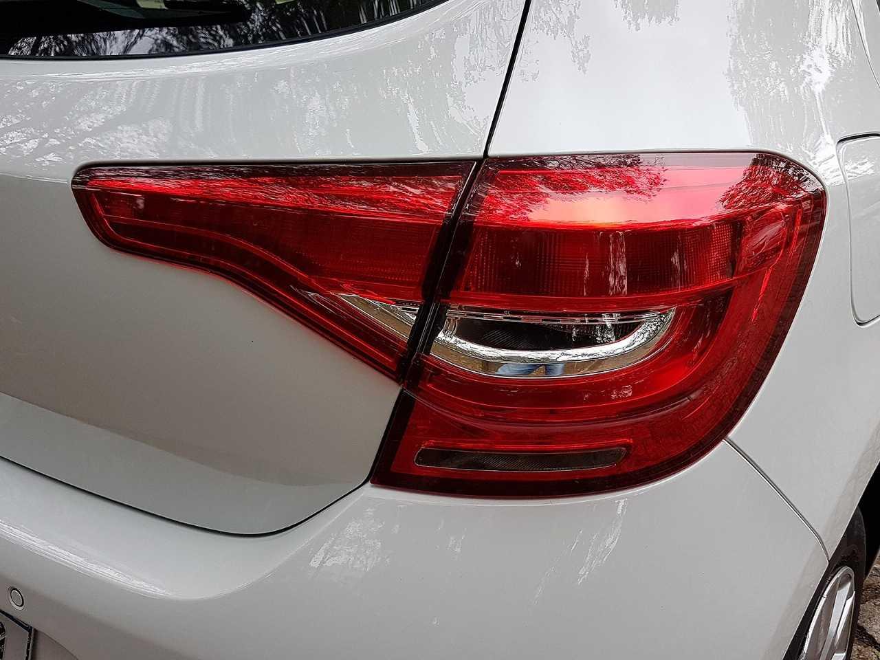 RenaultSandero 2020 - lanternas