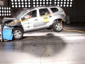 Nova geração do Renault Duster evolui pouco em segurança