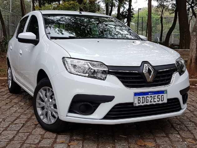 Renault oferece Kwid e Sandero com até R$ 7.700 de desconto