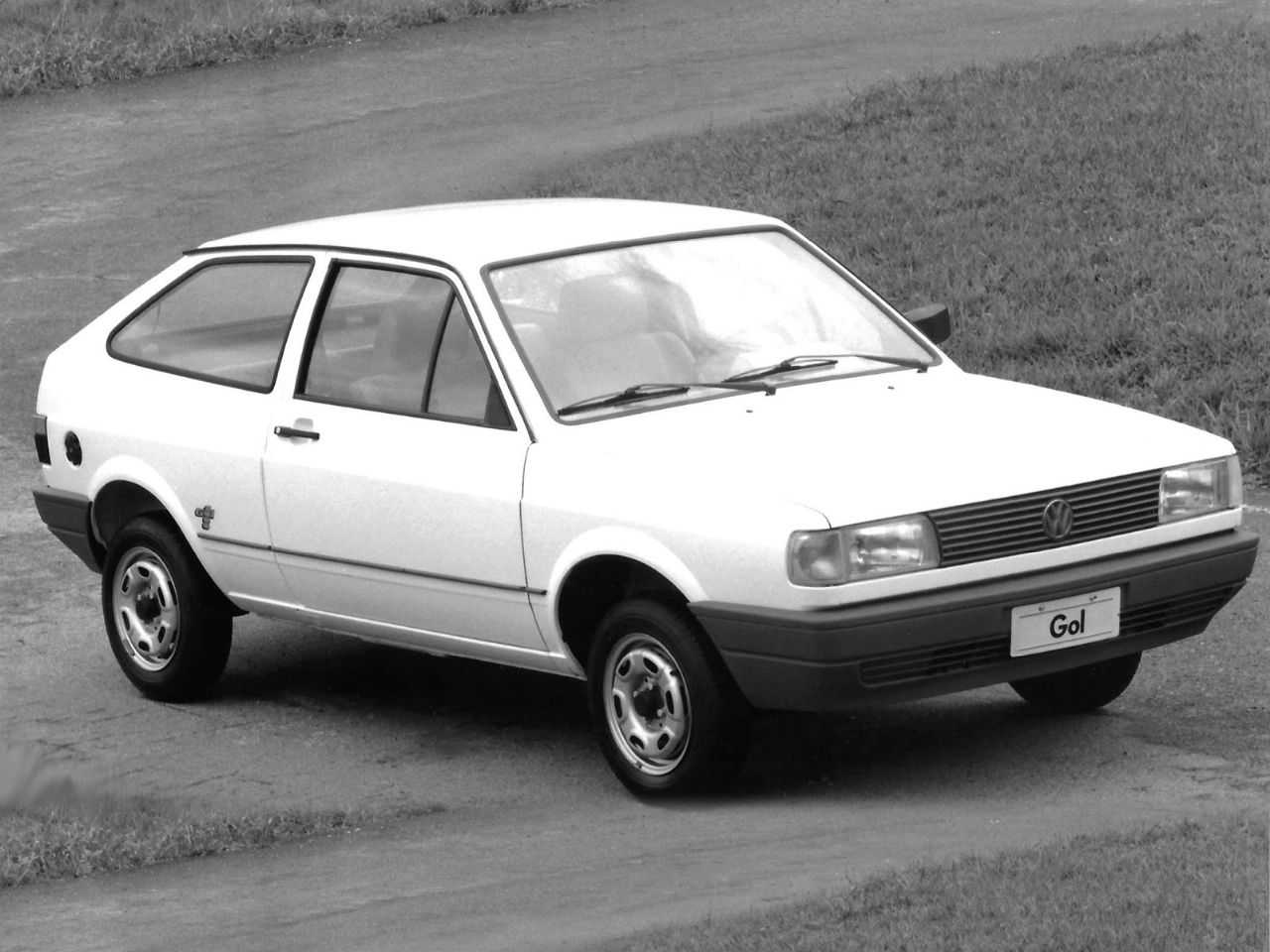 VolkswagenGol 1992 - ângulo frontal