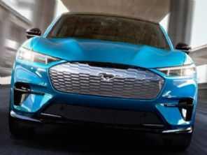 Ford amplia família Mustang com o SUV elétrico Mach-E