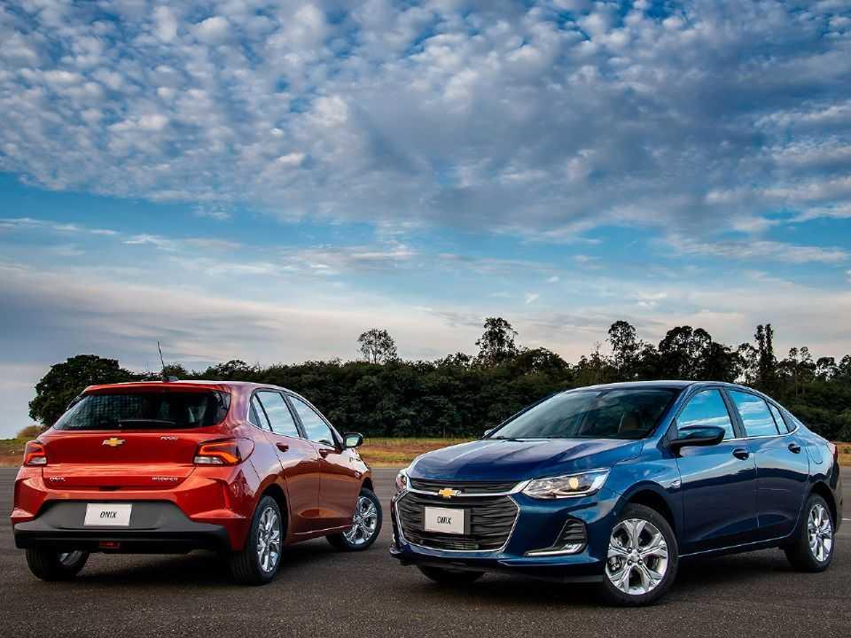 Acima os novos Chevrolet Onix e Onix Plus 2020