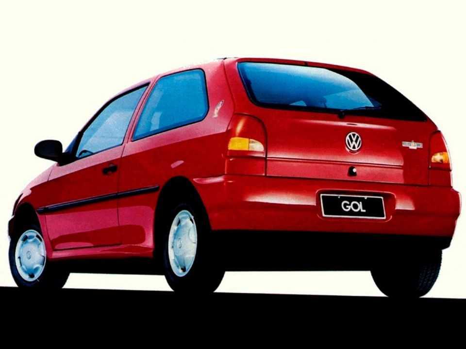 VolkswagenGol 1995 - ângulo traseiro