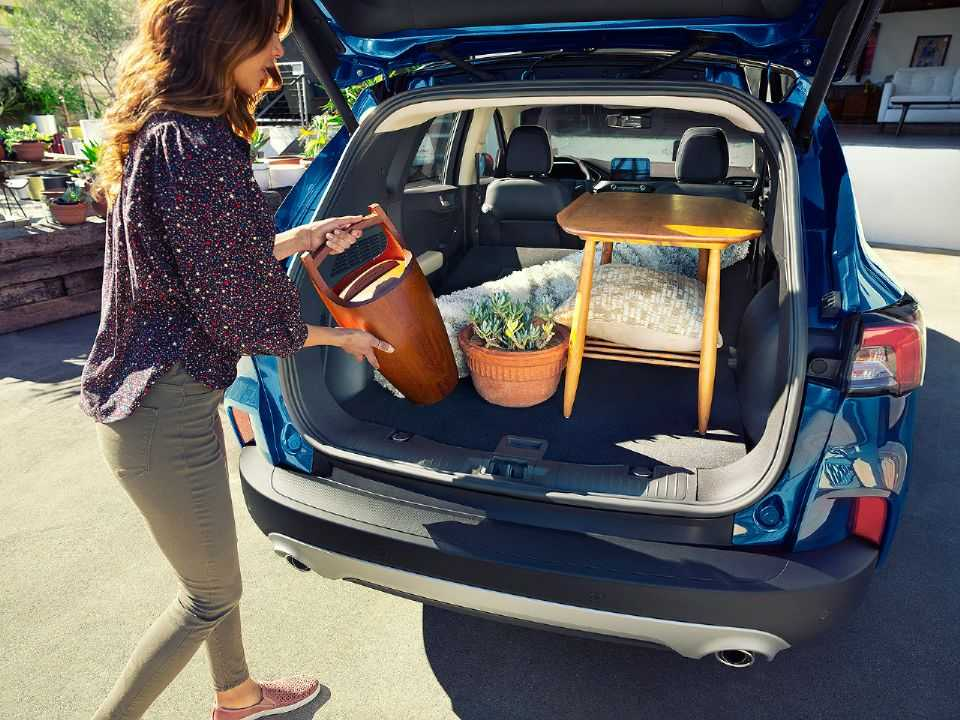 Acima o Ford Escape 2020 vendido nos EUA