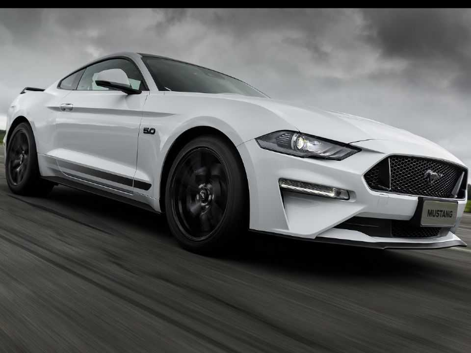 FordMustang 2020 - ângulo frontal
