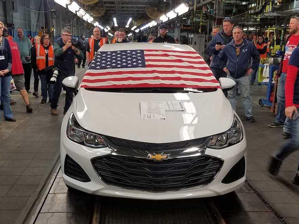 O último Cruze sai da linha de montagem nos EUA: americanos não compram carros nativos