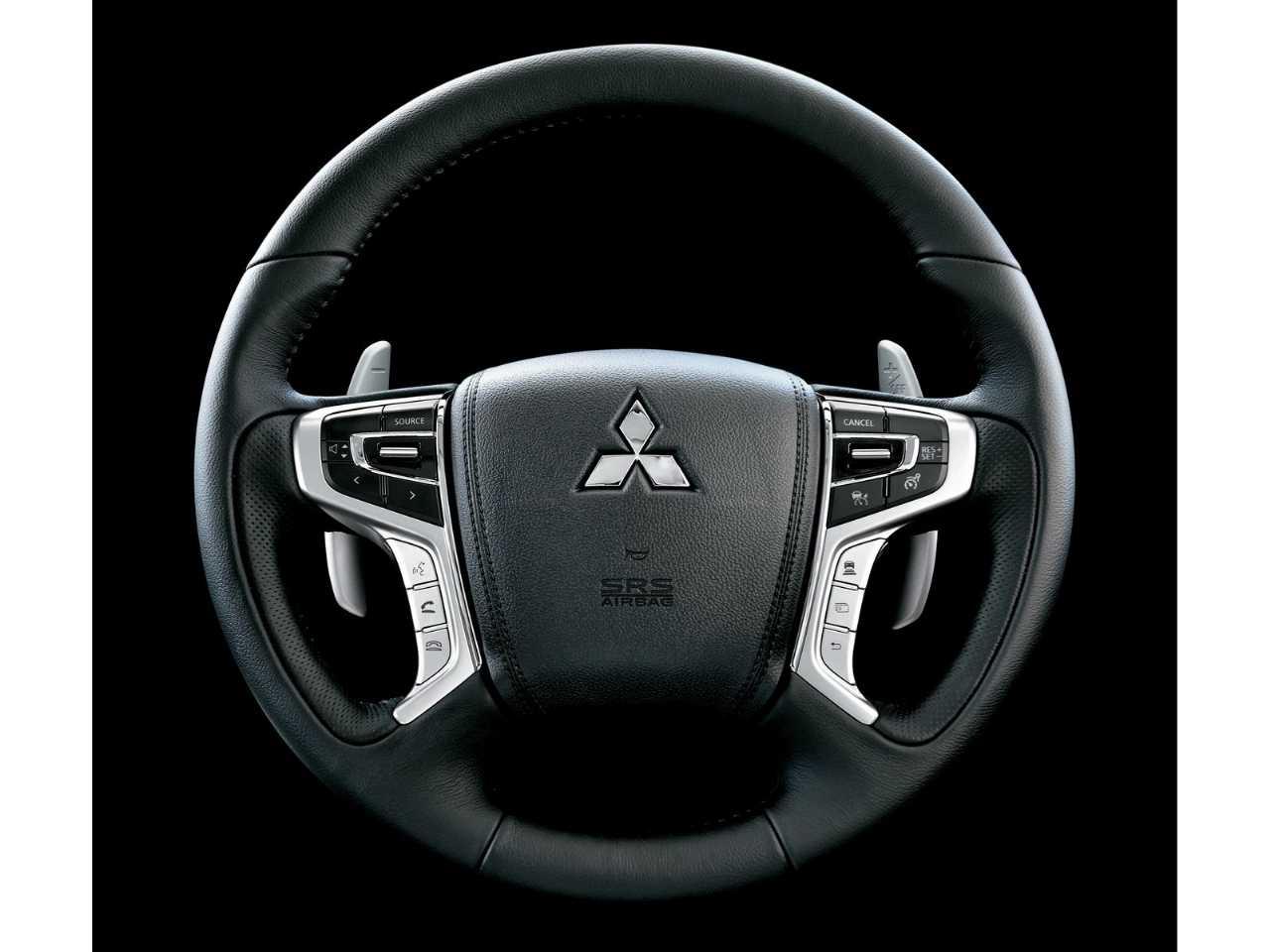 MitsubishiPajero Sport 2019 - ângulo frontal
