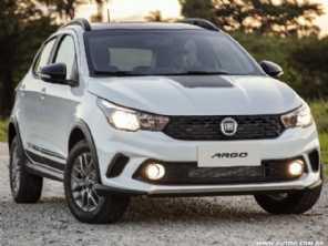 Fiat Argo Trekking estreia com motor 1.3 e câmbio manual