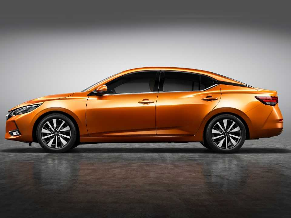 NissanSentra 2020 - lateral