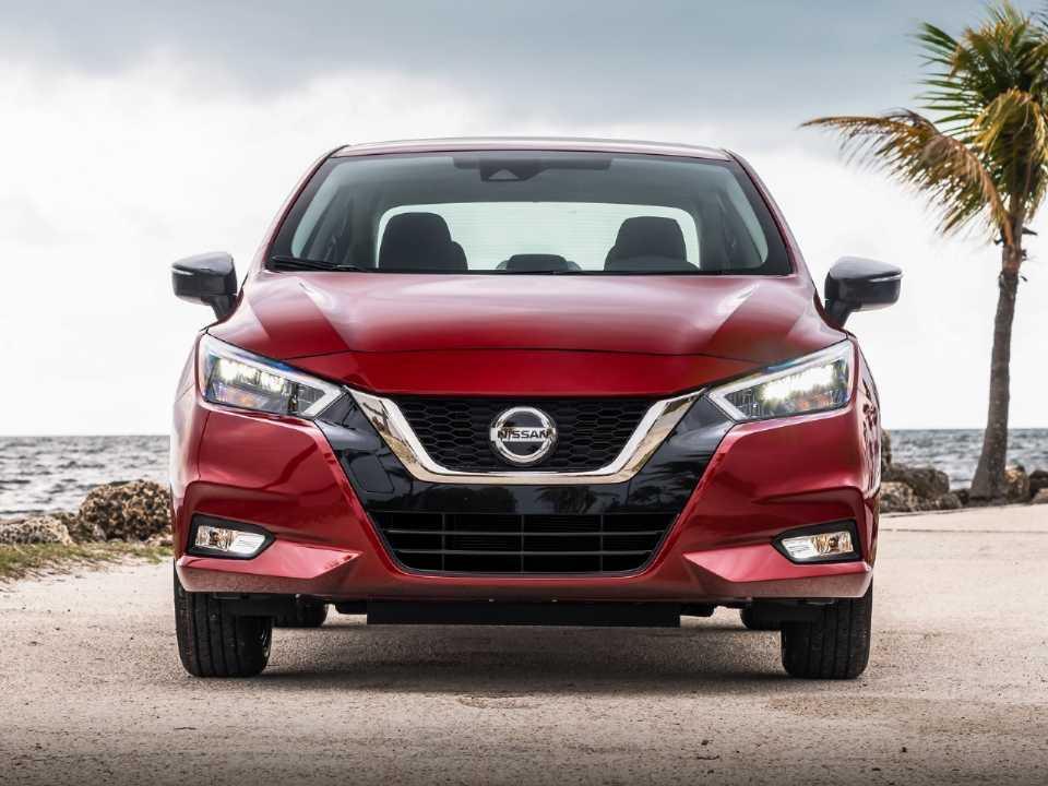 NissanVersa 2020 - frente