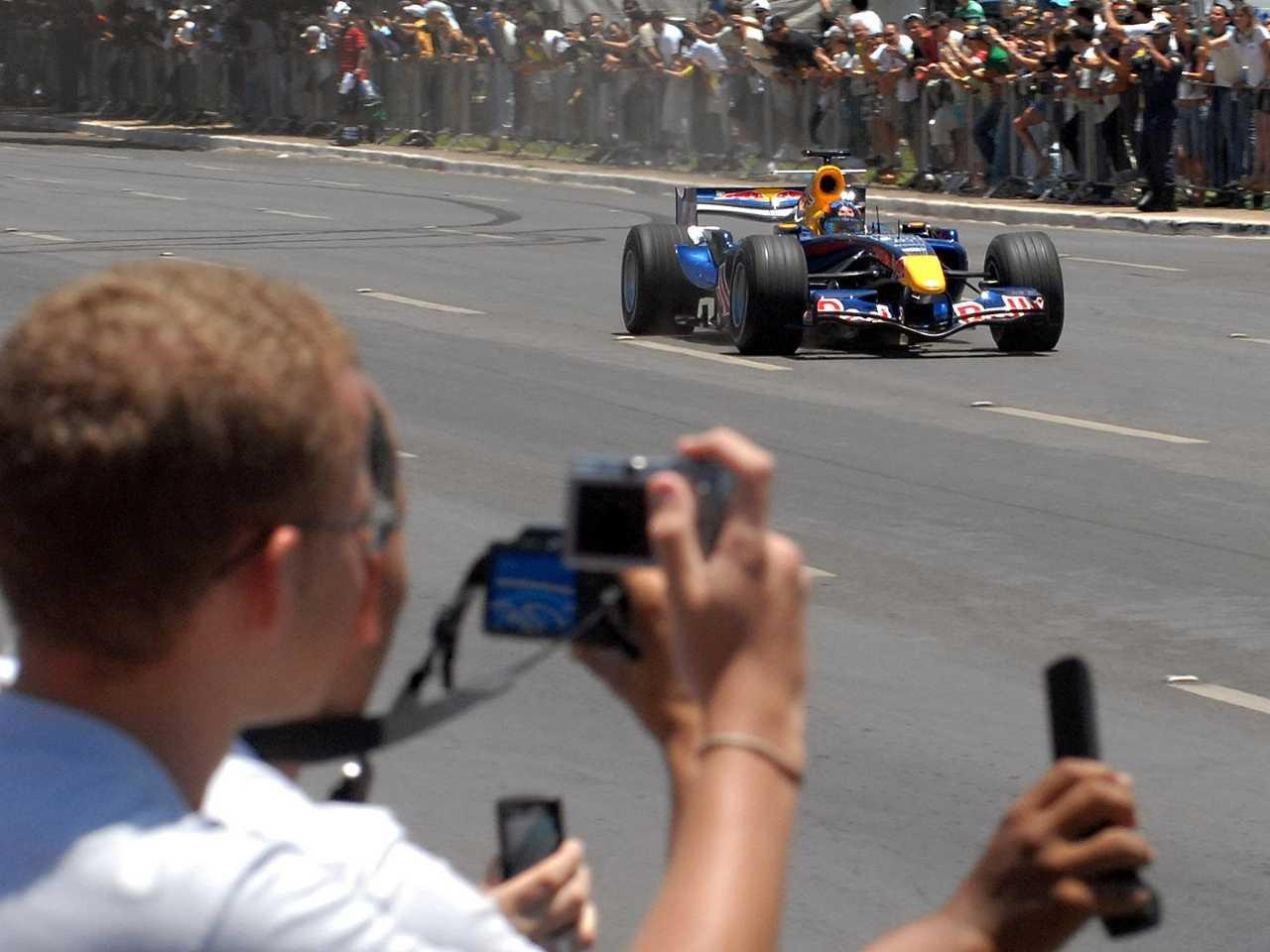 Fórmula 1 movimenta R$ 334 milhões em uma cidade como São Paulo