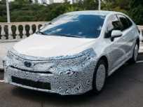 Acima a nova geração do Toyota Corolla brasileiro, que contará com propulsão híbrida flex