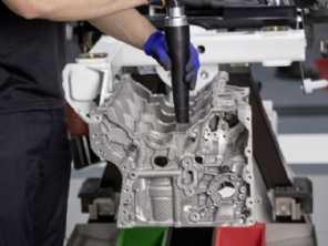 Mercedes e Mazda surpreendem com novos motores