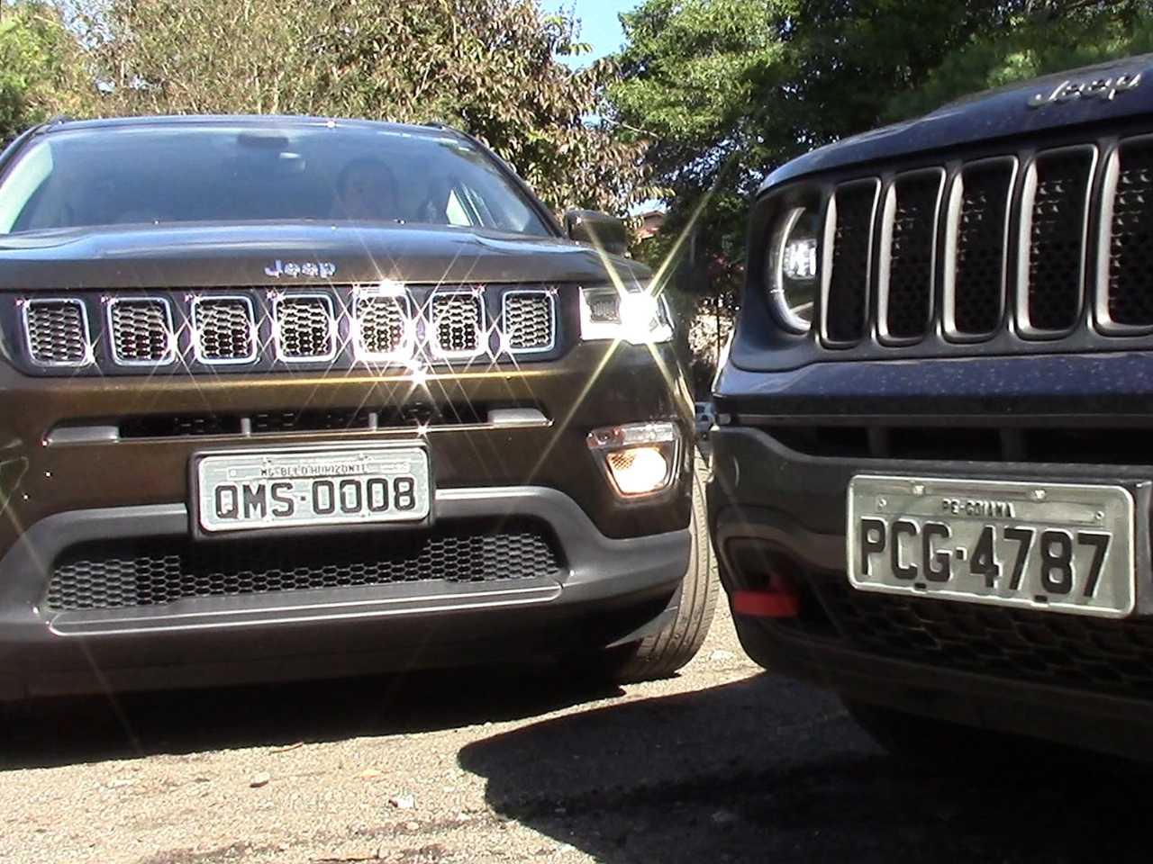 Acima os modelos nacionais da Jeep em um duelo familiar