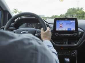 Difícil estacionar? Ford e Vodafone mostram tecnologia que ajuda a achar vagas
