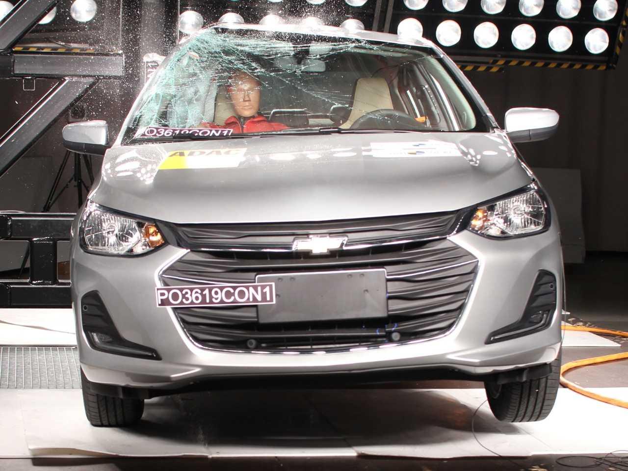 O Onix Plus recebeu cinco estrelas do Latin NCAP