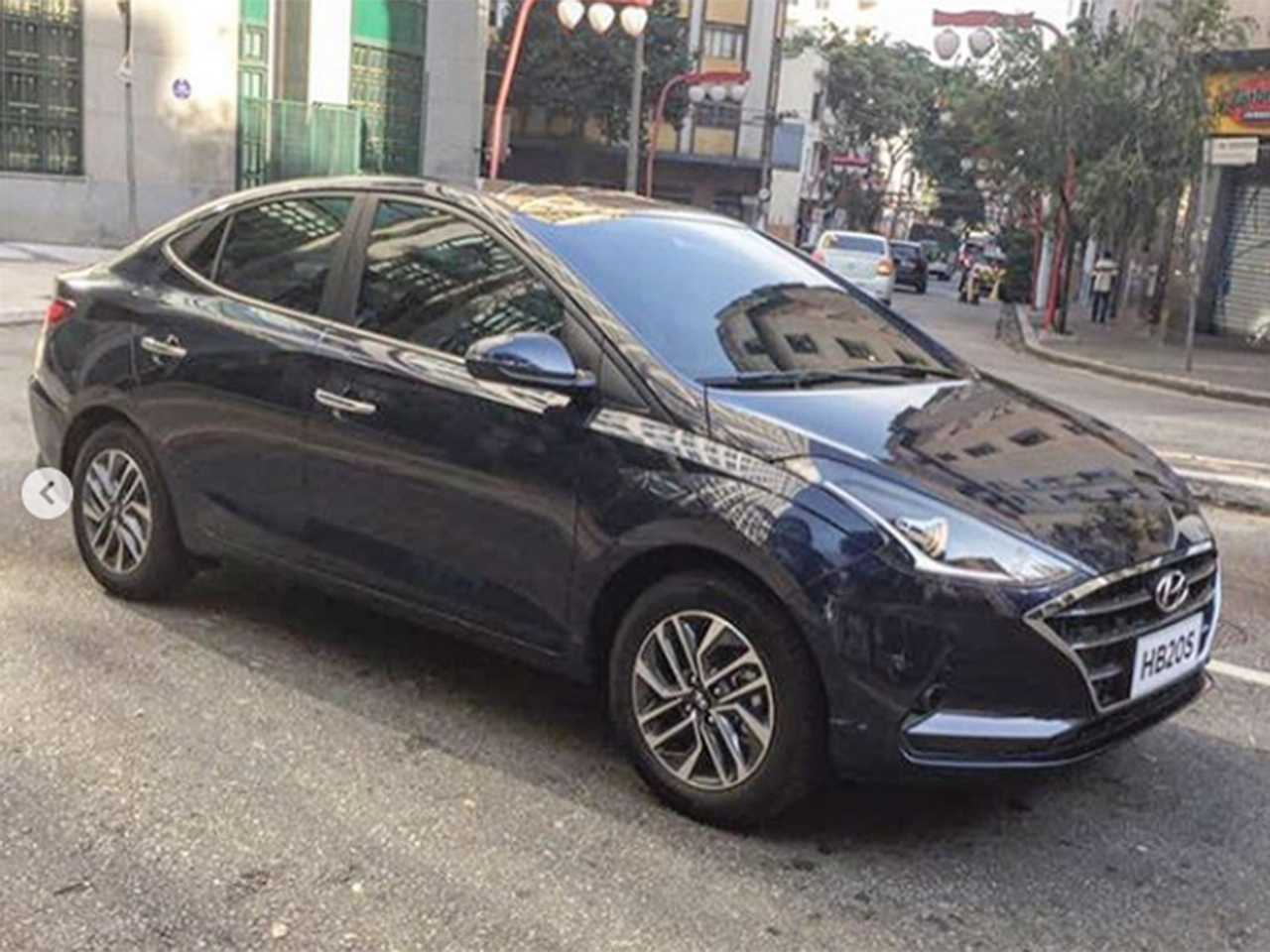 Flagra publicado no Instagram antecipando a nova geração do Hyundai HB20S