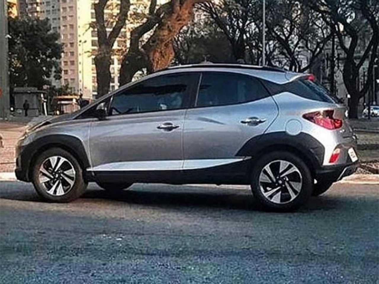 Flagra da nova geração do Hyundai HB20X